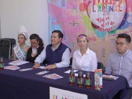 Feria en honor al Señor de las Maravillas, en El Arenal.jpg