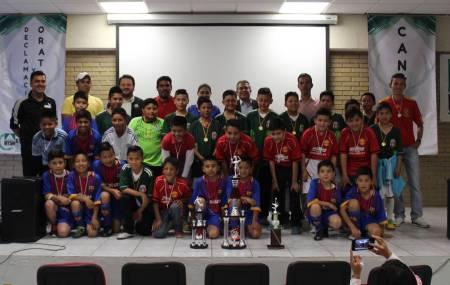"""Ganadores de la """"Copa Venaditos"""" de la liga de futbol rápido infantil de la UTSH fueron premiados.jpg"""