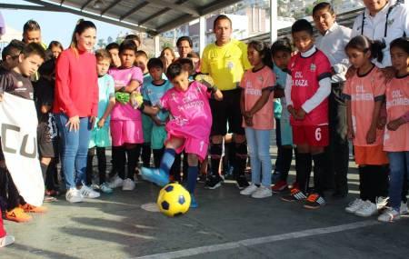 INHIDE inauguró el Torneo de Futbol de Canchitas 2018 en Cubitos 2.jpg