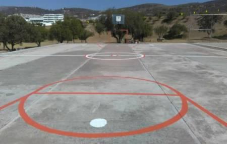 Mineral de la Reforma dignifica espacios deportivos en colonias con la pinta de canchas de usos múltiples2.jpg