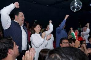 Pineda Godos presencia la afiliación al PRI de mil 200 jóvenes