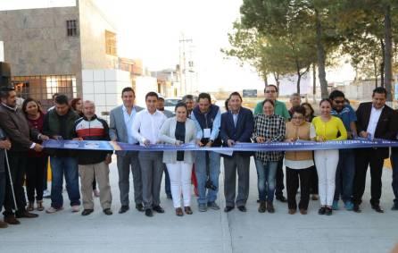 Raúl Camacho inaugura pavimentaciones de concreto 2