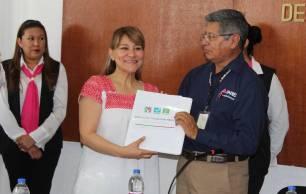Se registra ante el INE Sayonara Vargas Rodríguez candidatura por Huejutla 1