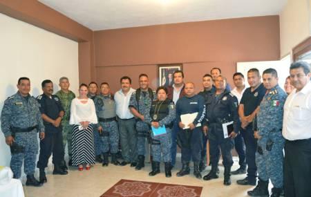 Sensibiliza SSPH a policías de la Sierra Hidalguense en atención a violencia de género1.jpg