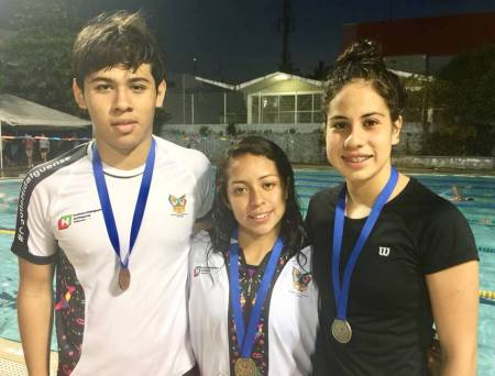 Tritones y sirenas logran 16 medallas en el Grand Prix Junior 2018 1
