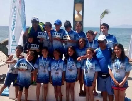 Tritones y sirenas logran 16 medallas en el Grand Prix Junior 2018 2