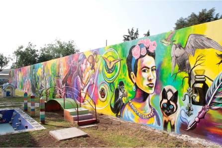 Celebra CENDI 1 de Pachuca su 36 aniversario con mural alusivo a ciencia y artes