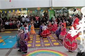 Celebra CENDI 1 de Pachuca su 36 aniversario con mural alusivo a ciencia y artes2
