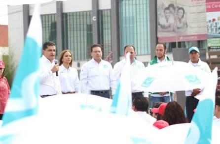 Con unidad Eréndira Contreras arrancó campaña en el Distrito XVII-4