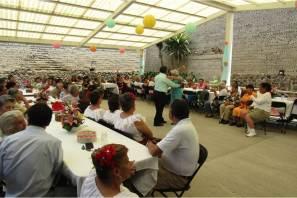 """Conmemoran en Tizayuca el 24 aniversario de la Casa de Día """"Recuerdos de Antaño"""""""