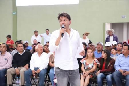 """Cuauhtémoc Ochoa, """"debatir no es opcional, es una responsabilidad que debemos atender""""."""