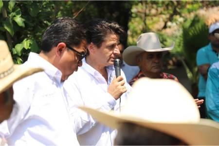 """Cuauhtémoc Ochoa, """"trámites más ágiles y más recursos para el campo"""".jpg"""