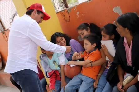 Cuauhtémoc Ochoa, trabajará por el fortalecimiento de la economía familiar4