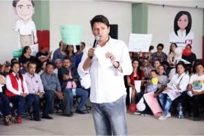 """""""Legislar y gestionar por empleos mejor remunerados para mujeres solteras"""", Cuauhtémoc Ochoa"""