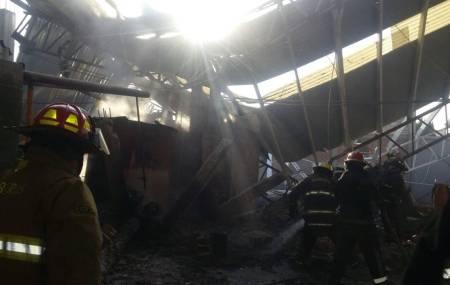 Explosión de reactor deja cuantiosos daños materiales 2.jpg