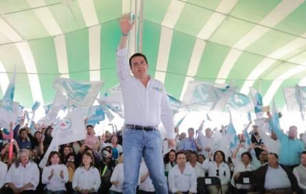 Francisco Sinuhé dará la cara en el congreso por ustedes1
