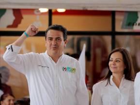 Francisco Sinuhé Ramírez Oviedo y Nuvia Mayorga visitan Villa de Tezontepec1