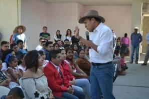 Héctor Pedraza propone educación de calidad para los jóvenes