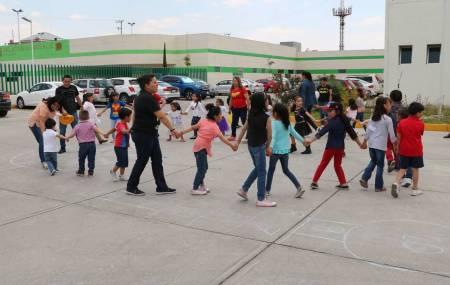 IMSS celebra el Día del Niño al estilo Súper Héroes