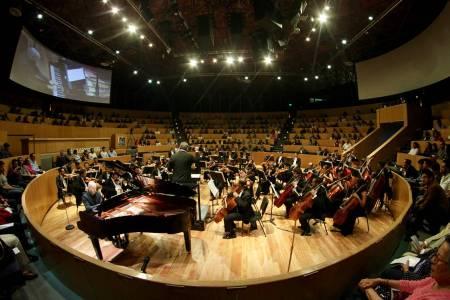Revueltas y Moncayo, presentes en concierto de OSUAEH2.jpg