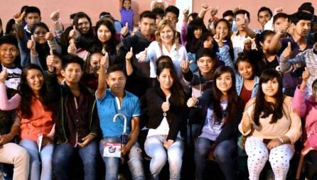 Se reúne Sayonara Vargas con mujeres, jóvenes y adultos mayores de Tepehuacán de Guerrero3