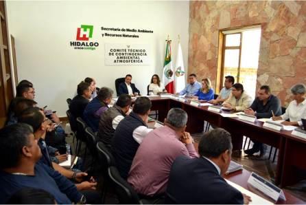 Autoridades continúan atentas y tomando medidas para aminorar efectos del incendio de un tiradero de basura ubicado en Mineral de la Reforma4