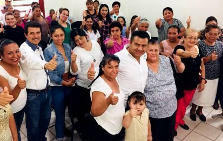 Brindar capacitación a profesores para mejorar la educación, compromete Jaime Galindo1