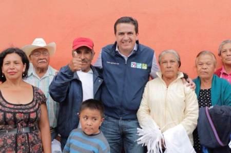 Buscará Francisco Sinuhé espacios recreativos para adultos mayores