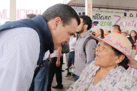 Buscará Francisco Sinuhé espacios recreativos para adultos mayores2