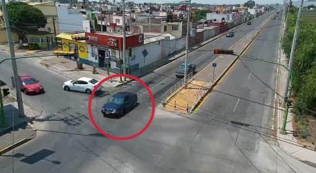 Cae en Tulancingo trío de probables asaltantes de tienda de autoservicio2