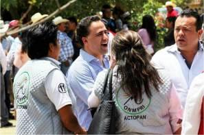 Candidatos de todos por México, somos gente probada, Alex González