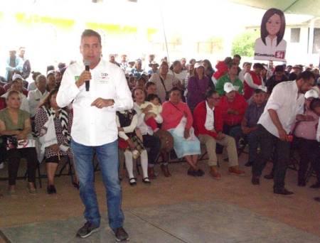 Ciudadanos del distrito 06 local, dan su apoyo a Nuvia Mayorga, Fabrice Rodríguez y Cuauhtémoc Ochoa