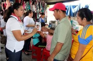 Comerciantes escucharon las propuestas de Adela Pérez Espinoza