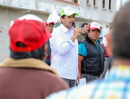 Cuauhtémoc Ochoa indicó que los problemas sociales se resuelven únicamente mediante el diálogo