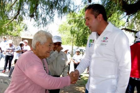 Fabrice Rodríguez va por más proyectos productivos que beneficien a las familias de zonas rurales2