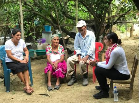 Ileana Quijano ofrece apoyo a familias emprendedoras.jpg