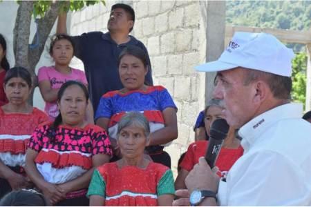 Isabel Alfaro y Rafael Garnica gestionarán recursos para proyectos productivos