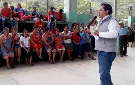José Luis Espinosa Silva será un diputado cercano a la gente2.jpg