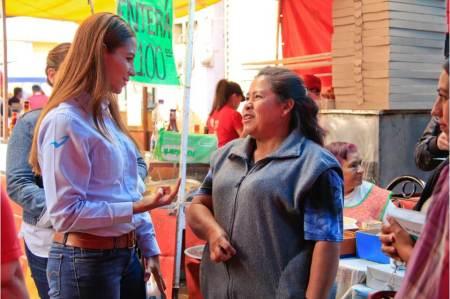 Legislar por una vivienda digna, compromiso de Eréndira Contreras2.jpg