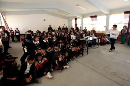 Lleva UAEH conferencia sobre salud a escuela primaria