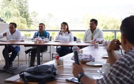 Lupita Cruz, propone construir agenda común con los electores.jpg