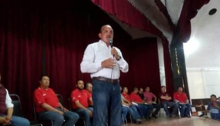 Más de 1000 trabajadores agremiados, escucharon y ovacionaron el proyecto de nación de MORENA y los diputados locales, Rafael Garnica y Jorge Mayorga