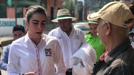 Mejor atención médica y profesionalización constante educativa, compromete Ileana Quijano