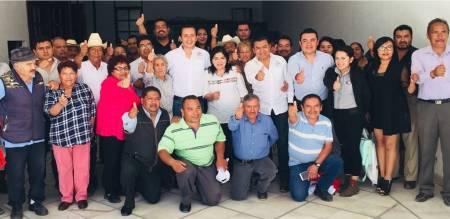 Mejores condiciones para los trabajadores del campo, propone Jaime Galindo.jpg