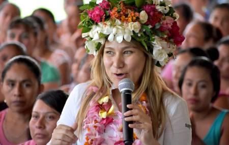 Mujeres de la Huasteca ratifican su apoyo a Sayonara Vargas