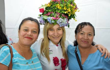 Mujeres de la Huasteca ratifican su apoyo a Sayonara Vargas2