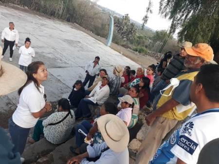 Nancy Luna Zúñiga legislará para que se den mejoras en servicios médicos