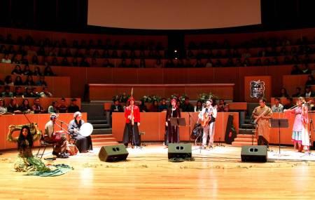Ofreció FINI espectáculo de danza y música del mundo2.jpg