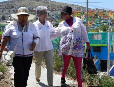 Políticas públicas que detonen desarrollo e inclusión social, propone Francisca Ramírez1