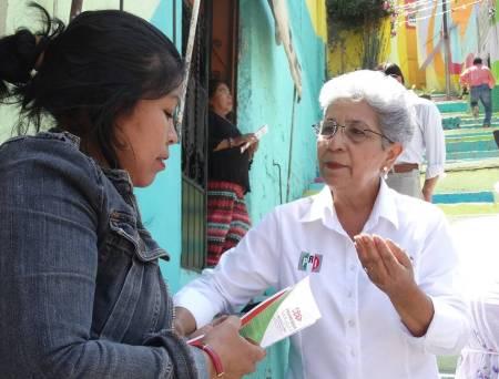 Políticas públicas que detonen desarrollo e inclusión social, propone Francisca Ramírez2